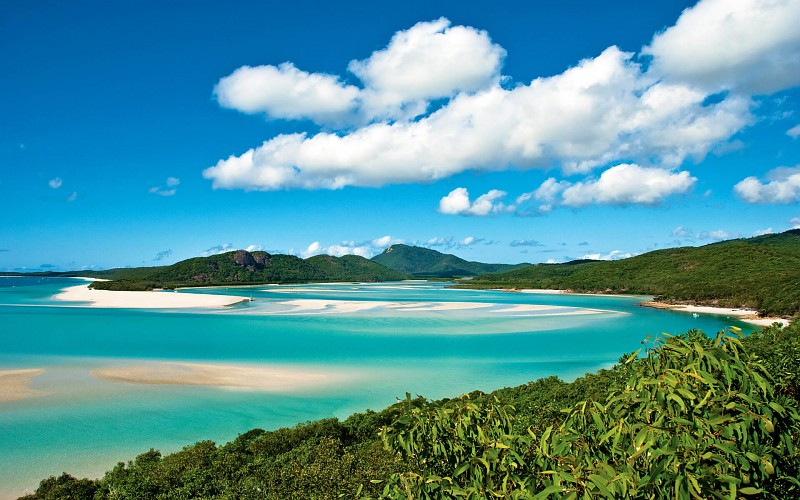 whitehaven-beach-whitsunday-island-queensland-australia-wallpaper-136387